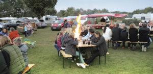 TABBERT Wohnwagen Kundentreffen Südsee-Camp mit Lagerfeuer