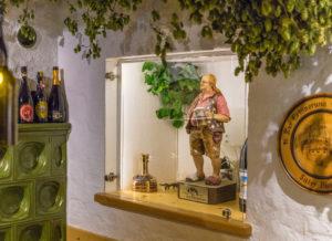 Figur Bernhard Sitter, erster Biersommelier Deutschlands, TABBERT Wohnwagen