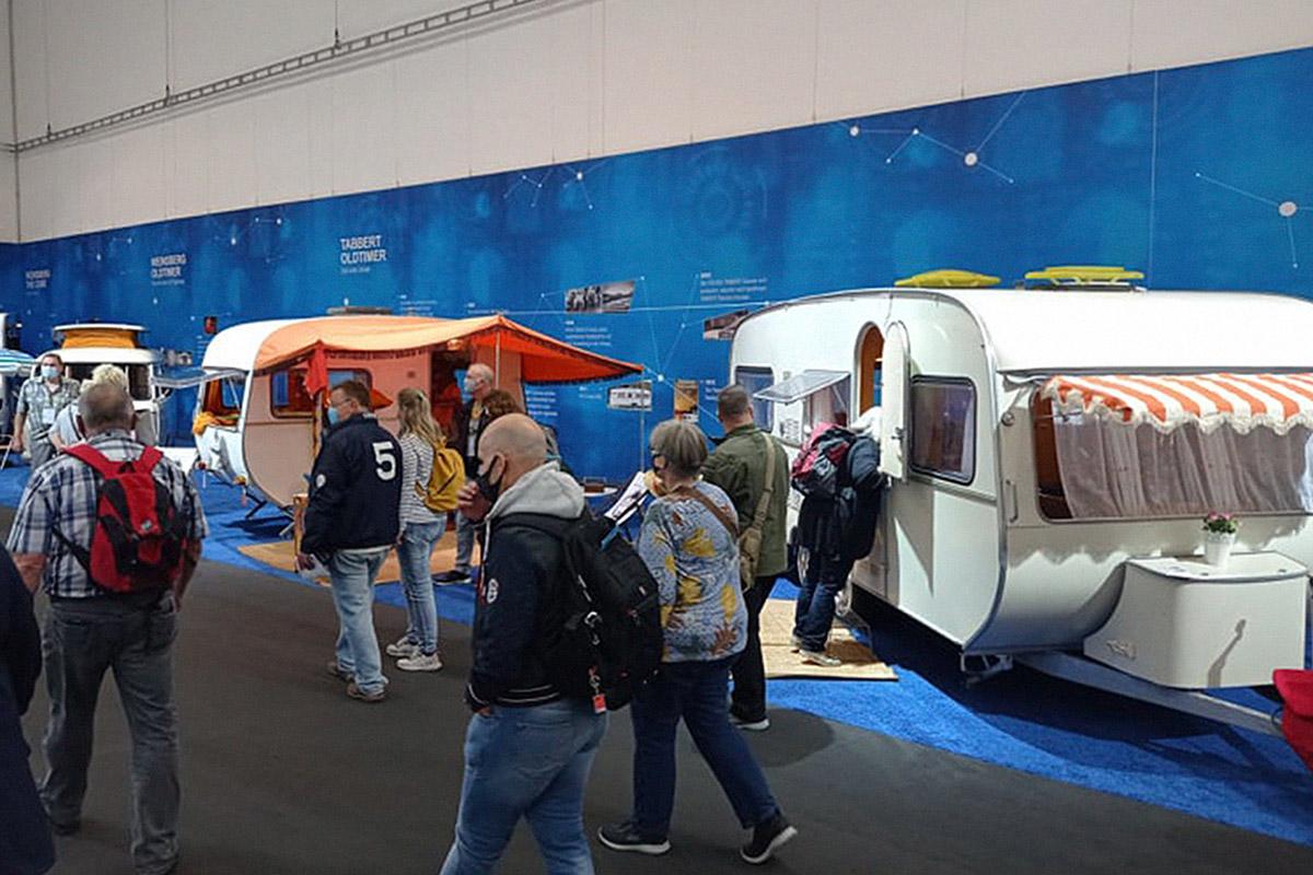 Restaurierte TABBERT Wohnwagen auf dem Caravan Salon