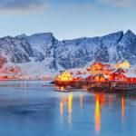 Fjord und Schnee